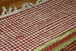 Rag rugs from Strehög of Sweden - Magdalena (red)